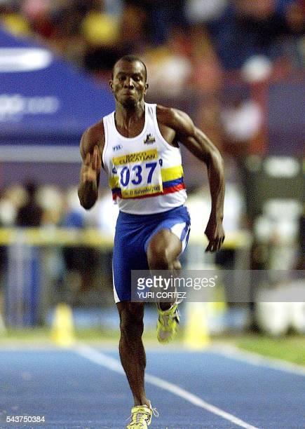 Colombian athlete Albin Renteria is seen in action 02 December 2002 in San Salvador EL Salvador El colombiano Albin Renteria se impulsa el 02 de...