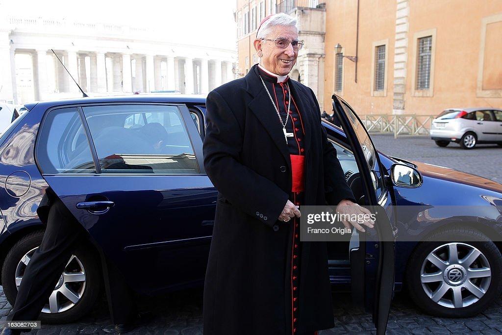 Colombian cardinal Dario Castrillon Hoyos arrives at the Paul VI hall for the opening of the Cardinals' Congregations on March 4, 2013 in Vatican City, Vatican.The congregations of cardinals will continue until all cardinal electors have arrived in Rome, whereupon the College will decide on the start-date of the Conclave to elect a new Pope.