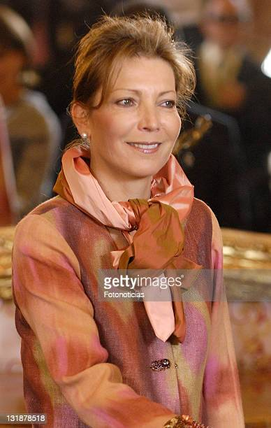 Colombian First Lady Maria Clemencia Rodriguez de Santos is received by King Juan Carlos of Spain and Queen Sofia of Spain at The Royal Palace on...