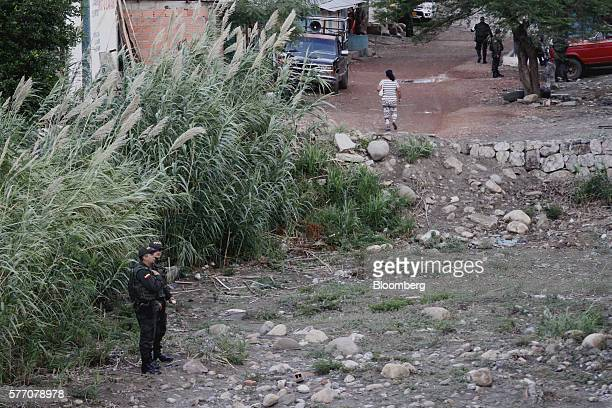 Colombian police officers stand guard near Cucuta Colombia on Sunday July 17 2016 For only the third time in a year Venezuela's President Nicolas...