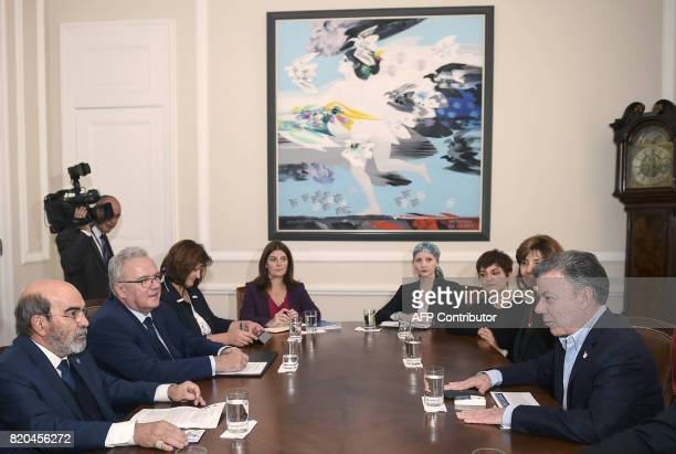 Colombian president Juan Manuel Santos speaks with Food and Agriculture Organization general director Jose Graziano da Silva and European...