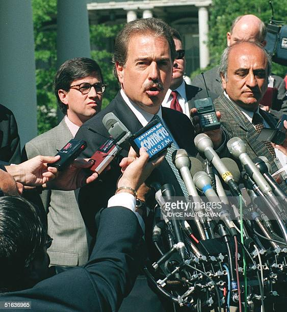 Colombian Presidentelect Andres Pastrana speaks to reporters after meetings 03 August with US President Bill Clinton at the White House in Washington...
