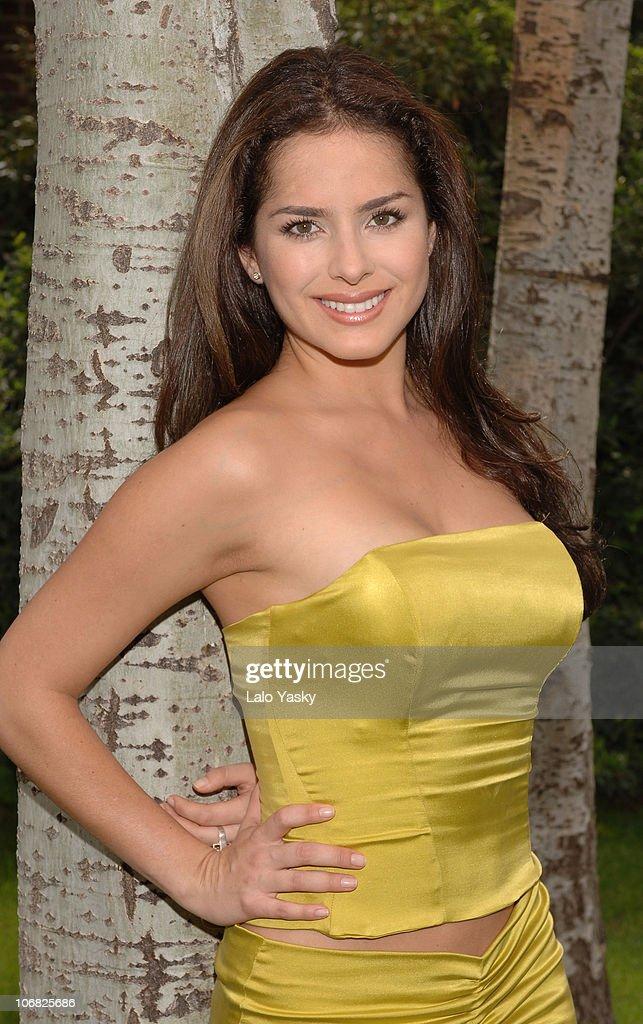 """Danna Garcia Promotes """"Pasion de Gavilanes"""" - August 31 ..."""