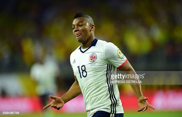 Colombia's Frank Fabra celebrates after scoring against Costa Rica during the Copa America Centenario football tournament in Houston Texas United...