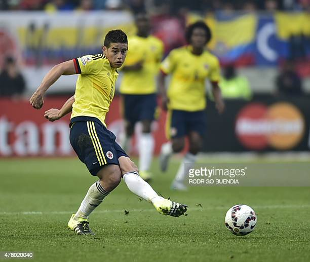 Colombia's midfielder James Rodriguez passes the ball during the 2015 Copa America football championship match against Peru in Temuco Chile on June...
