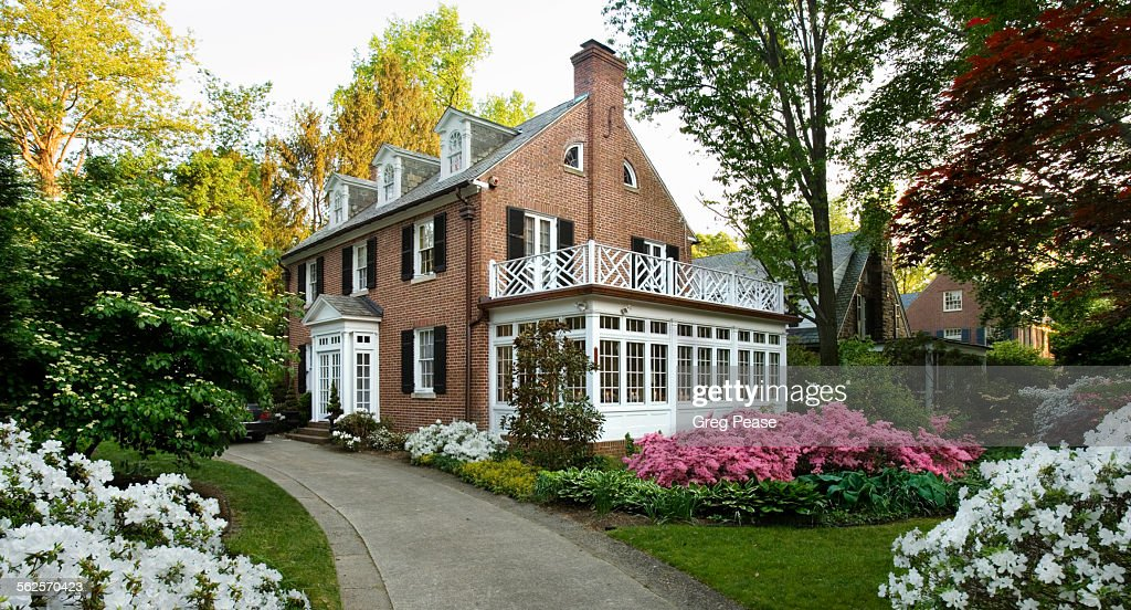 Colonial house on a Spring day : Stock Photo