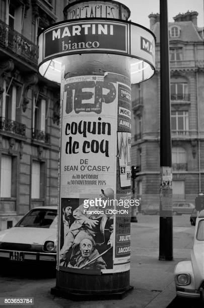 Colonne Morris à Paris en octobre 1975 en France