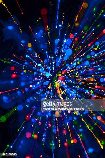 Color Explosion / Zoom Burst / Light Painting