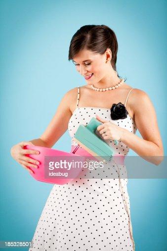 Immagine a colori di una ragazza retr con un vintage - Colorazione immagine di una ragazza ...