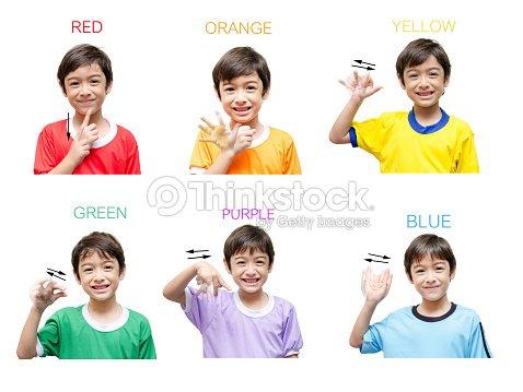 Farbe Kind Hand Gebärdensprache Auf Weißem Hintergrund Stock-Foto ...