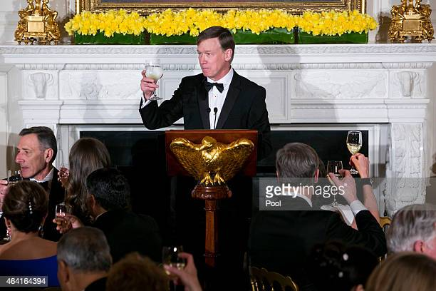 Colorado Gov John Hickenlooper delivers remarks at the 2015 Governors Dinner in the State Dining Room of the White House February 22 2015 in...