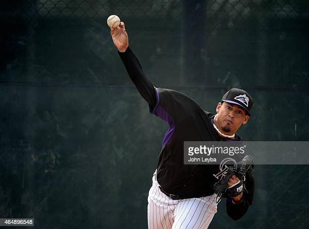 Colorado Rockies Jair Jurrjens warms up in the bull pen during the teams workout on day 8 of spring training March 1 2015 in Scottsdale