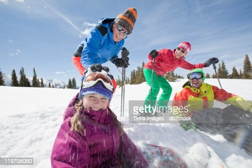 USA, Colorado, Telluride, Three-generation family with girl (10-11) during ski holiday