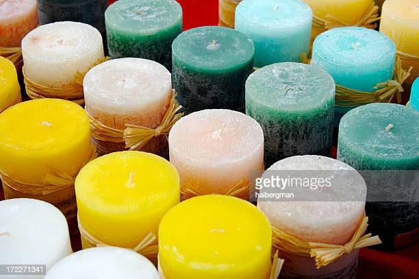 Candele profumate foto e immagini stock getty images for Candele colorate