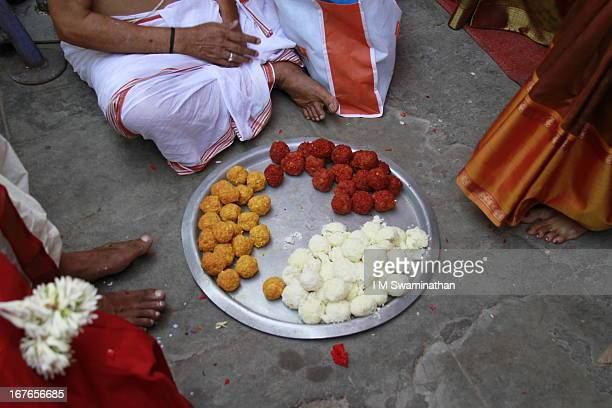 Colored Rice balls for the Ceremony (marriage)