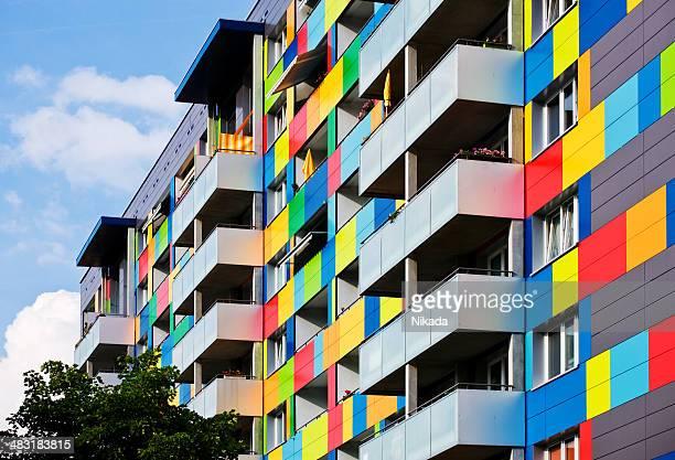 Bunte Apartment-Gebäude