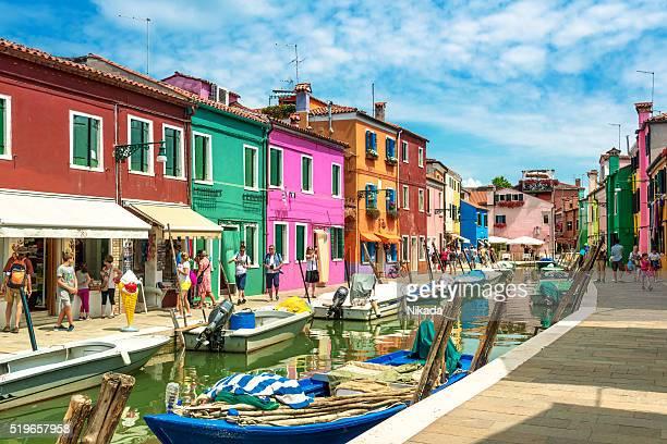 色彩豊かな家並み、ブラーノ島、ヴェニス