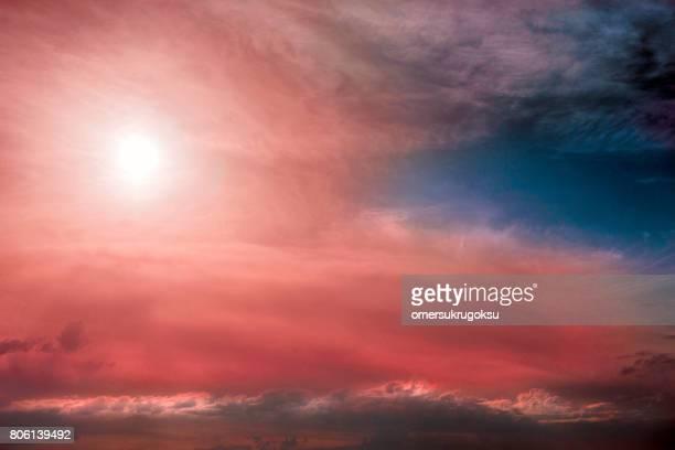 カラフルな雲模様