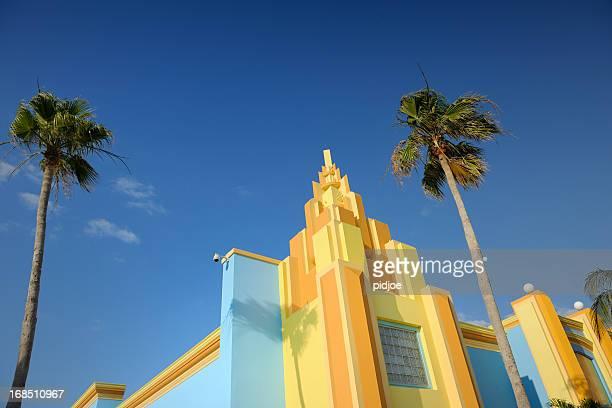 Colorido pintado casa de estilo Art Decó en Miami, Florida