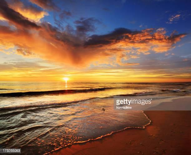 Colorful Sea Sunst - Sandy Beach