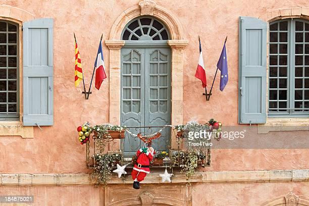 Les couleurs de la Provence façades en-Roussillon