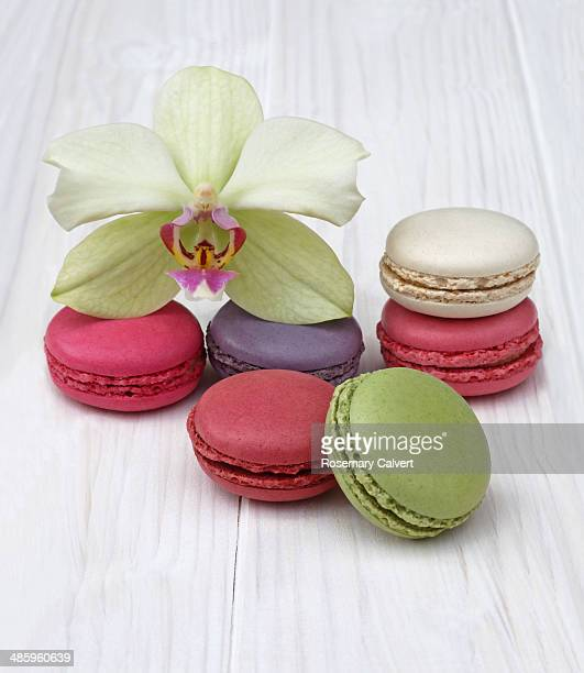 Colour coordinating French macaroons and orchid