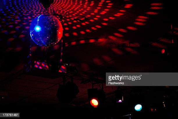 Bunte disco-Kugel auflegen in 4