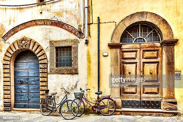 Colourful wooden entrance doors, Lucca