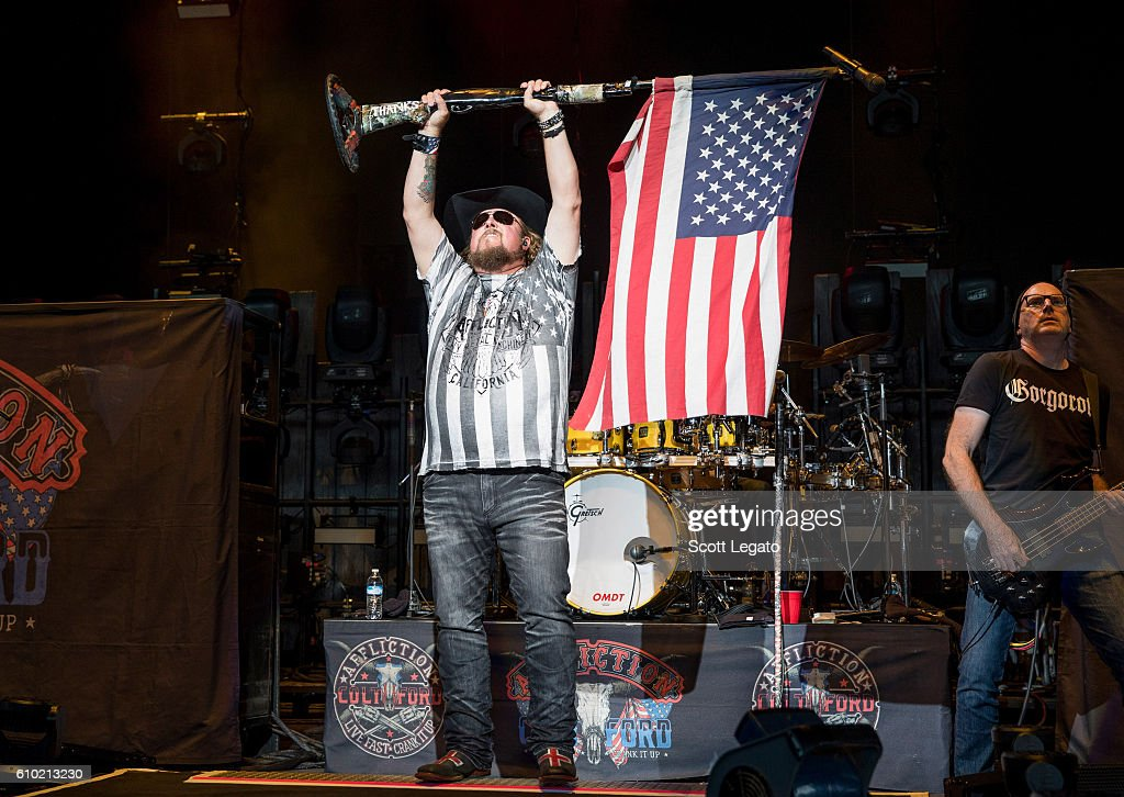Brantley Gilbert With Justin Moore and Colt Ford In Concert - Clarkston, MI