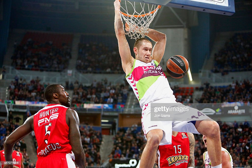 <a gi-track='captionPersonalityLinkClicked' href=/galleries/search?phrase=Colton+Iverson&family=editorial&specificpeople=5663882 ng-click='$event.stopPropagation()'>Colton Iverson</a>, #4 of Laboral Kutxa Vitoria competes with during the Turkish Airlines Euroleague Basketball Top 16 Date 11 game between Laboral Kutxa Vitoria v Olympiacos Piraeus at Fernando Buesa Arena on March 20, 2015 in Vitoria-Gasteiz, Spain.