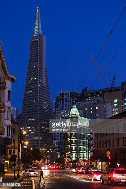 Columbus Avenue with Transamerica Pyramid and Columbus Tower