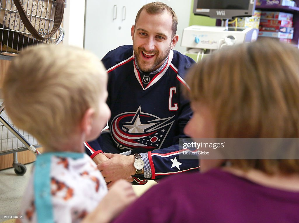 Columbus Blue Jackets Nick Foligno At Boston Children's Hospital ...
