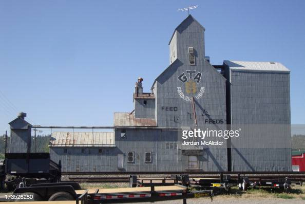 CONTENT] Columbus is located in southern central Montana between Livingston and Billings It is the county seat of Stillwater County