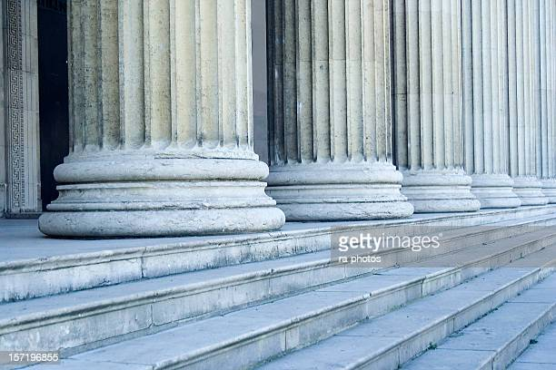 Des colonnes