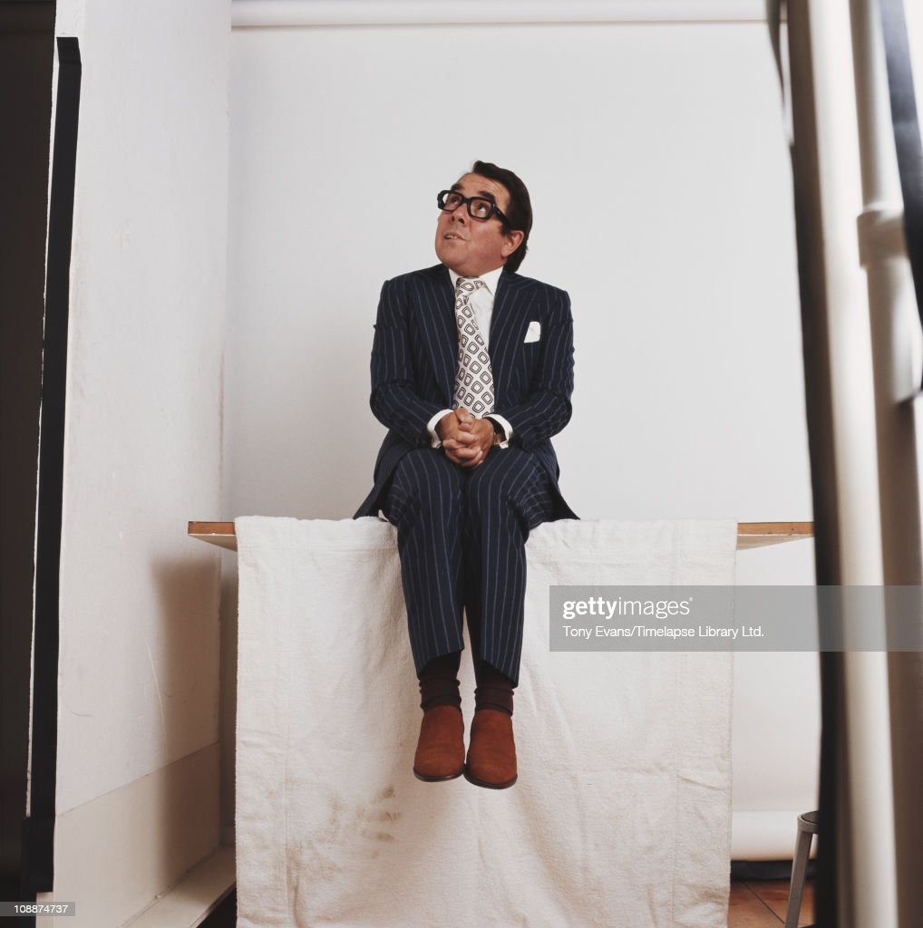 Comedian and actor Ronnie Corbett 1974