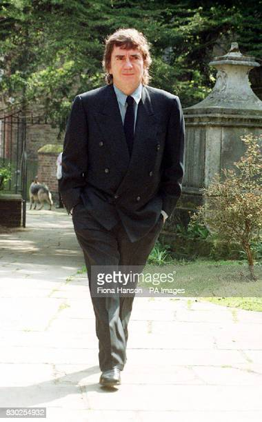 Comedian and Hollywood star Dudley Moore arriving for the memorial service of his best friend and stage partner comic genius Peter Cook at the parish...