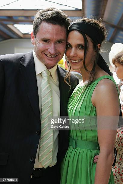 dave hughes wife - photo #29