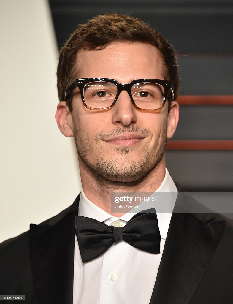 Comedian <a gi-track='captionPersonalityLinkClicked' href=/galleries/search?phrase=Andy+Samberg&family=editorial&specificpeople=595651 ng-click='$event.stopPropagation()'>Andy Samberg</a> arrives at the 2016 Vanity Fair Oscar Party Hosted By Graydon Carter at Wallis Annenberg Center for the Performing Arts on February 28, 2016 in Beverly Hills, California.