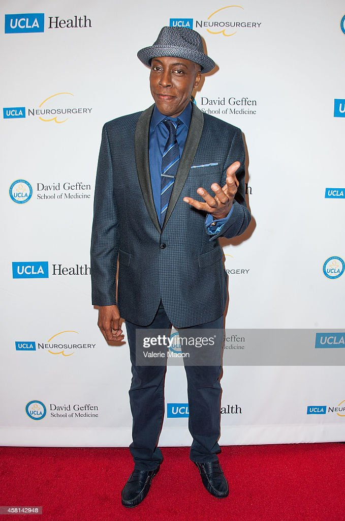 Comedian <a gi-track='captionPersonalityLinkClicked' href=/galleries/search?phrase=Arsenio+Hall&family=editorial&specificpeople=211441 ng-click='$event.stopPropagation()'>Arsenio Hall</a> arrives at 2014 UCLA Visionary Ball at the Beverly Wilshire Four Seasons Hotel on October 30, 2014 in Beverly Hills, California.