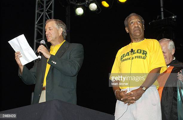 Comedian Bill Cosby accepts an honorary degree from Baylor University President Robert Sloan Jr at Floyd Casey Stadium September 4 2003 in Waco Texas...