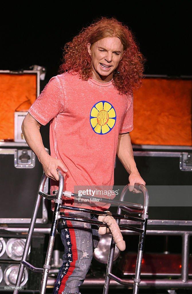 Comedian Scott Thompson, aka Carrot Top at Radio Row ...  |Carrot Top 2015