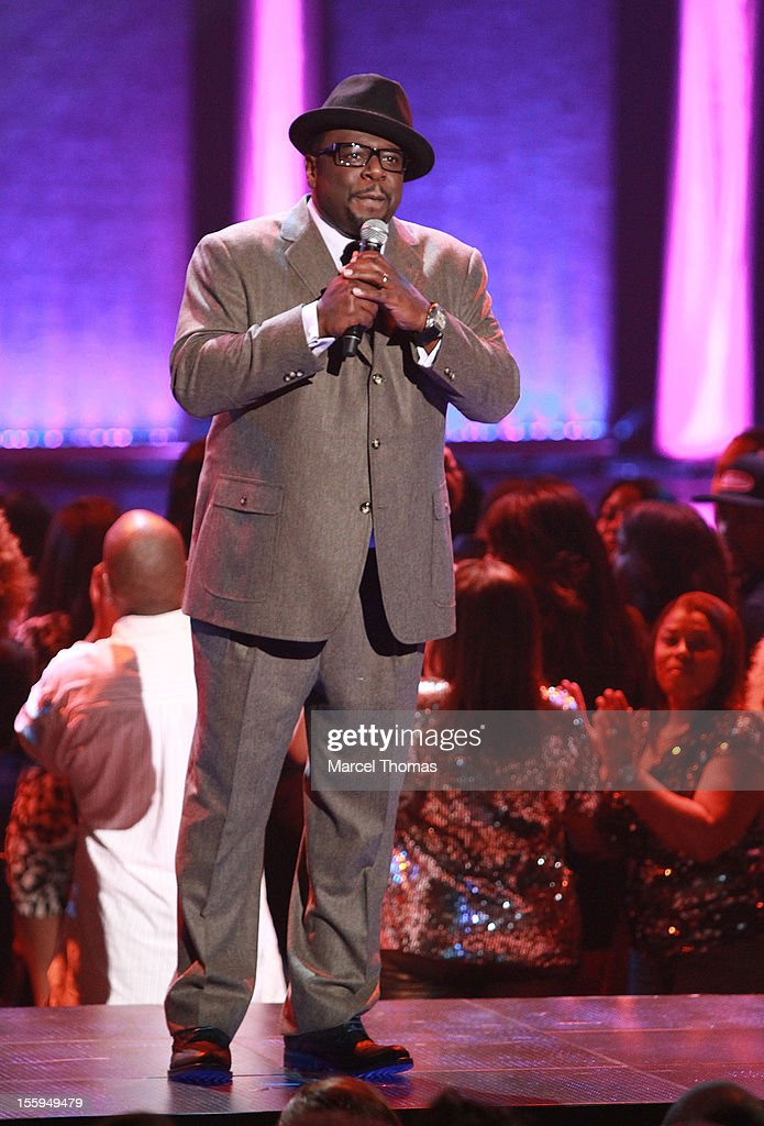 Comedian <a gi-track='captionPersonalityLinkClicked' href=/galleries/search?phrase=Cedric+the+Entertainer&family=editorial&specificpeople=210583 ng-click='$event.stopPropagation()'>Cedric the Entertainer</a> performs at the Soul Train Awards 2012 at PH Live at Planet Hollywood Resort and Casino on November 8, 2012 in Las Vegas, Nevada.