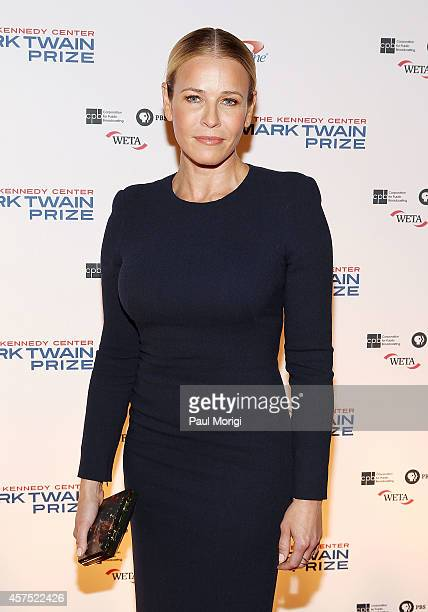 Comedian Chelsea Handler arrives at the 2014 Kennedy Center's Mark Twain Prize For American Humor honoring Jay Leno at The Kennedy Center on October...