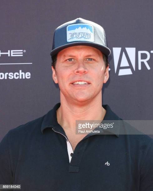 Comedian Hayes MacArthur attends PS ARTS' Express Yourself 2017 event at Barker Hangar on October 8 2017 in Santa Monica California