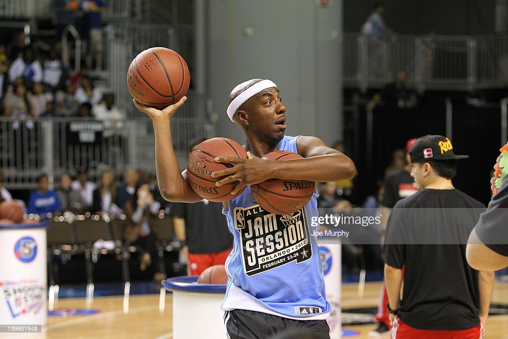 Comedian <a gi-track='captionPersonalityLinkClicked' href=/galleries/search?phrase=J.B.+Smoove&family=editorial&specificpeople=3035162 ng-click='$event.stopPropagation()'>J.B. Smoove</a> throws balls out to the crowd during the Celebrity Shooting Stars on center court at Jam Session during the NBA All-Star Weekend on February 26, 2012 at the Orange County Convention Center in Orlando, Florida.