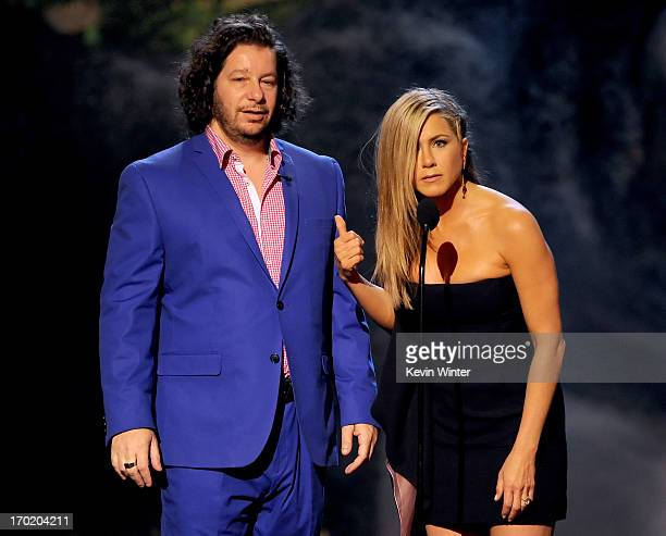 Comedian Jeffrey Ross and Jennifer Aniston speak onstage during Spike TV's Guys Choice 2013 at Sony Pictures Studios on June 8 2013 in Culver City...
