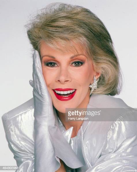 Comedian Joan Rivers poses for a portrait in 1985 in Los Angeles California