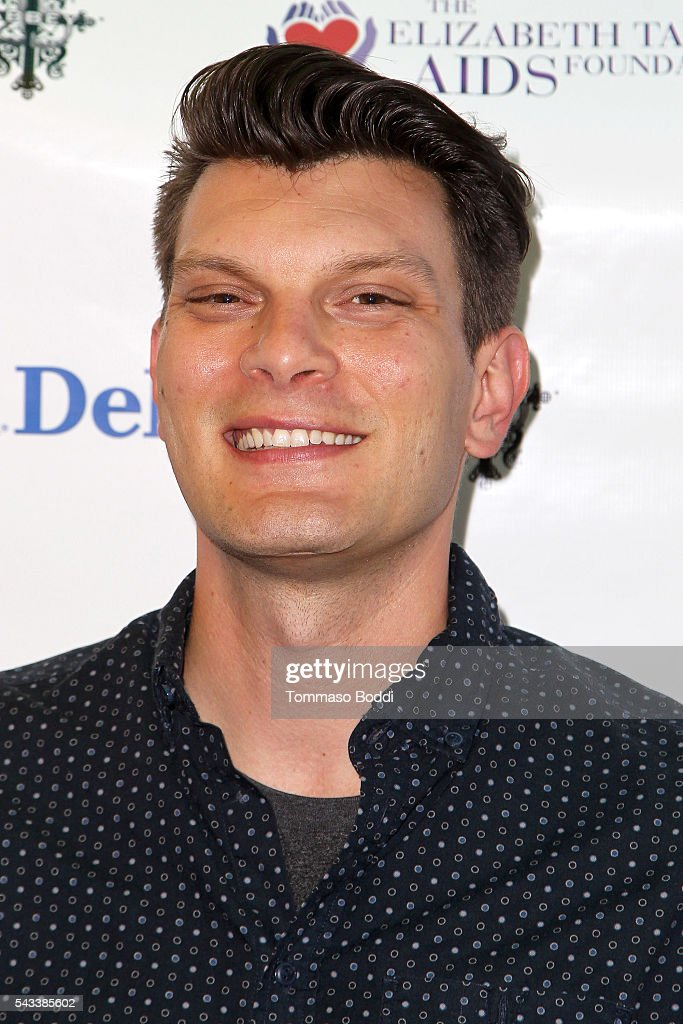 Comedian Justin Martindale attends The Elizabeth Taylor AIDS Foundation Hosts HIV Testing Event at The Abbey on June 27, 2016 in West Hollywood, California.