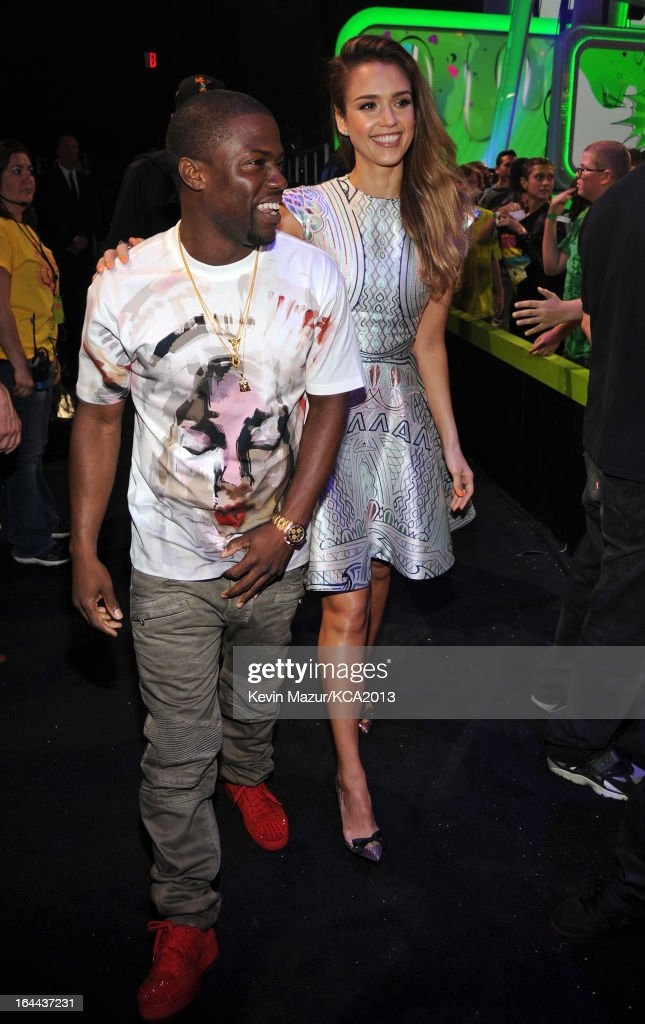 Comedian Kevin Hart (L) and actress <a gi-track='captionPersonalityLinkClicked' href=/galleries/search?phrase=Jessica+Alba&family=editorial&specificpeople=201811 ng-click='$event.stopPropagation()'>Jessica Alba</a> attend Nickelodeon's 26th Annual Kids' Choice Awards at USC Galen Center on March 23, 2013 in Los Angeles, California.
