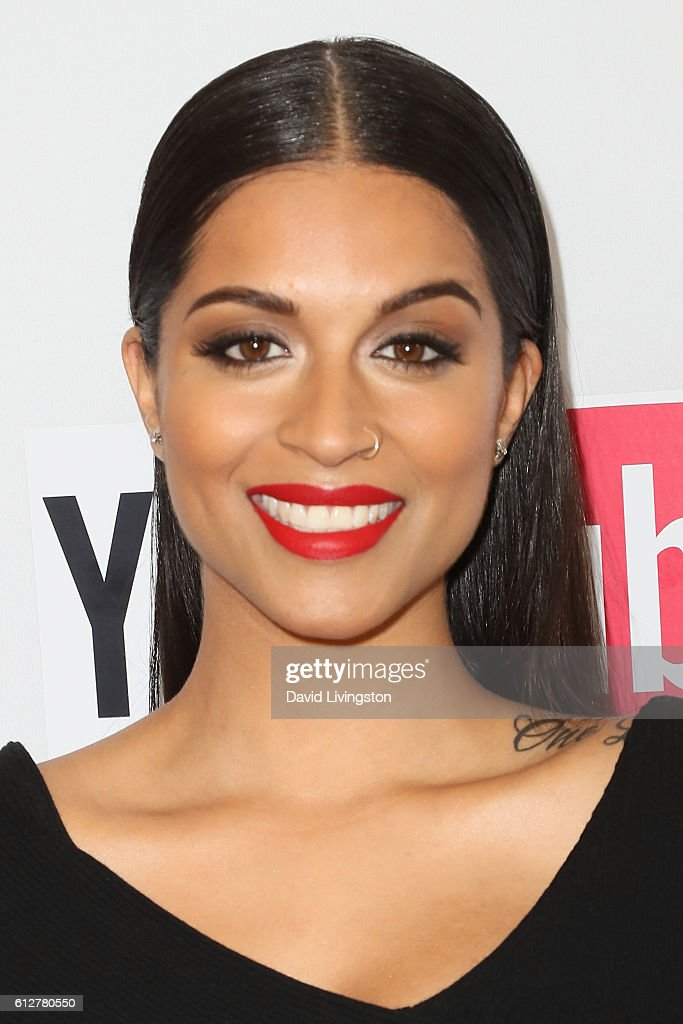2016 Streamy Awards - Arrivals